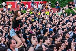 El público entregado durante el concierto de Saurom. M.González